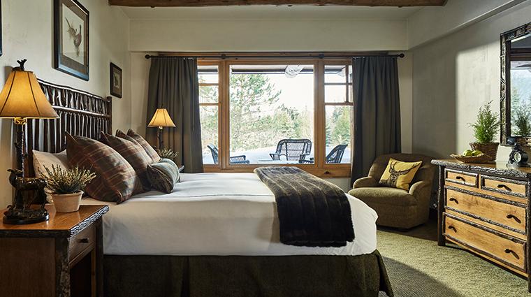whiteface lodge resort spa bedroom