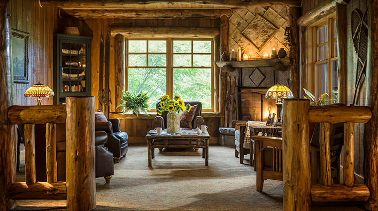 whiteface lodge resort spa den lounge