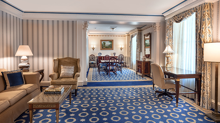 willard intercontinental abraham lincoln federal suite living room