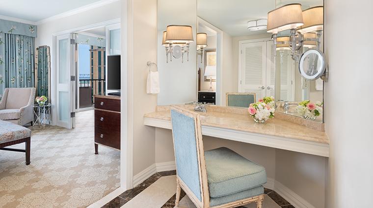 windsor court hotel new orleans suite vanity