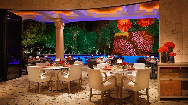 wynn las vegas lakeside patio