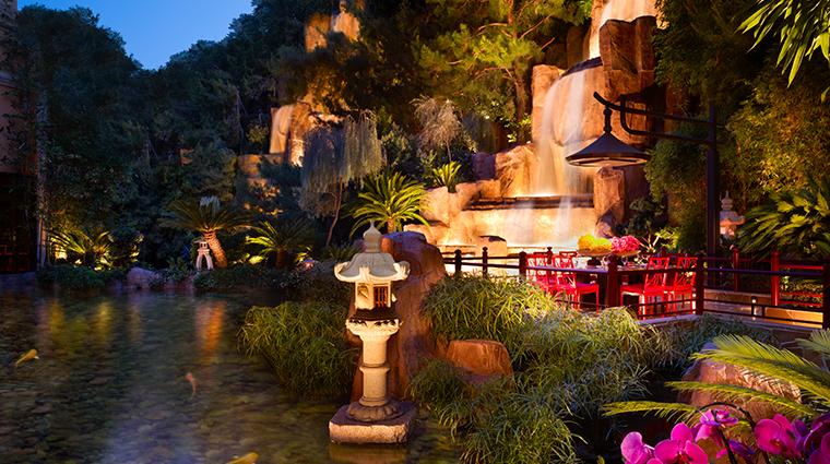 wynn las vegas pagoda table